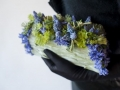 botanical-clutch-with-muscari-and-hyacinths-Françoise-Weeks