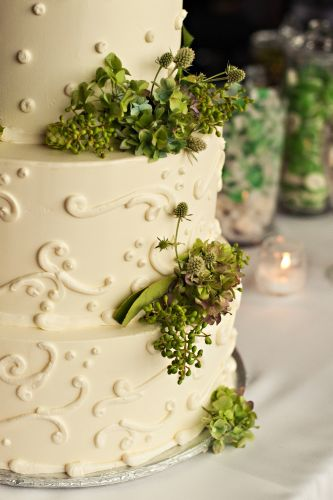 cake decorated with green texture, Surfsand Hotel, Françoise Weeks