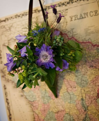 scabiosa, campanula, texture in cone, Lille Boutique, Françoise Weeks