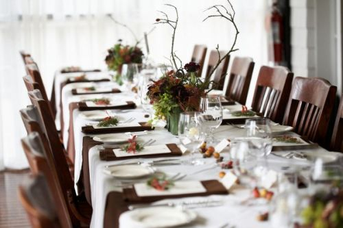 woodland arrangements for head table, Viewpoint Inn, Françoise Weeks