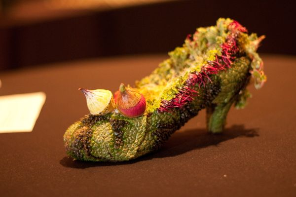 botanical shoe with begonia leaves, succulents and eucalyptus berries, Françoise  Weeks