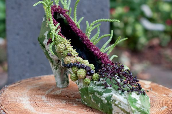 botanical shoe with blackberries, elderberries, pokeweed, succulents 1, Françoise Weeks