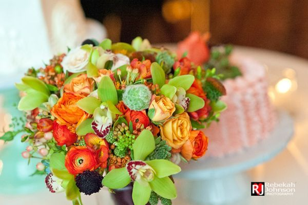 orange and green textured bridal bouquet,Governor Hotel, Françoise Weeks