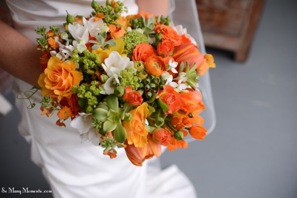 orange and white bridal bouque 1t, mcMinnemins Edgefield, Françoise Weeks