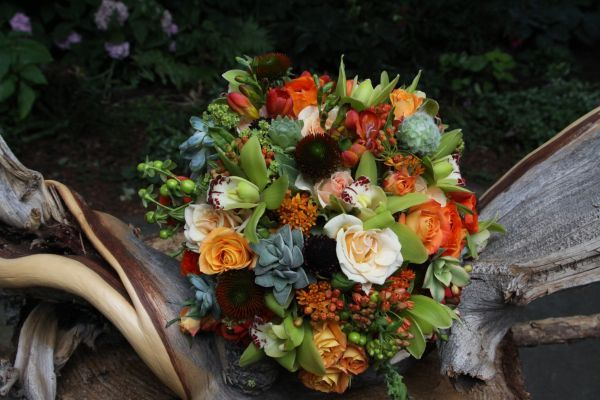 orange, chocolate and green bridal bouquet, Françoise Weeks