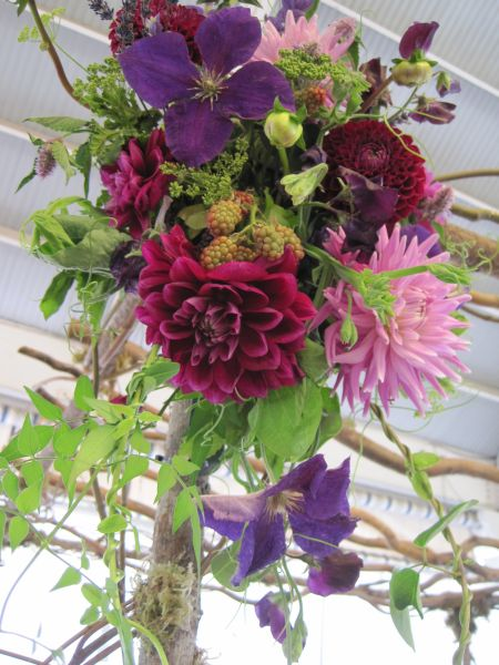 cascading arrangement with dahlias, Françoise Weeks