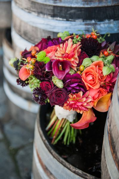 burgundy, orange and chartreuse bridal bouquet, 3 Ponzi Vineyards, Françoise Weeks