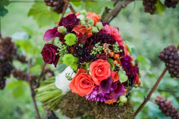 burgundy, orange and chartreuse bridal bouquet, Ponzi Vineyards, Françoise Weeks