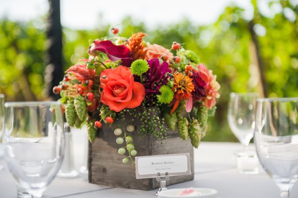 burgundy, orange and chartreuse centerpiece in wooden box 1, Ponzi Vineyards, Françoise Weeks