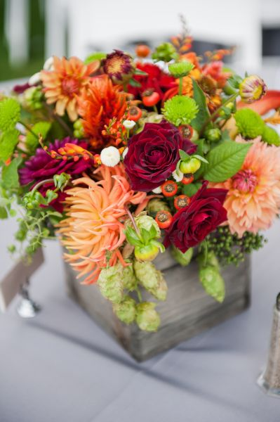 burgundy, orange and chartreuse centerpiece in wooden box 2, Ponzi Vineyards, Françoise Weeks