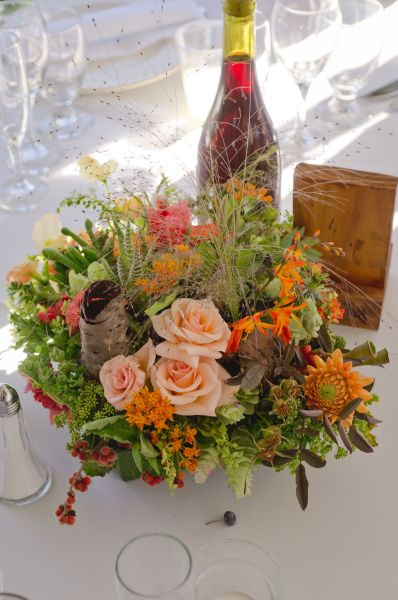 peach and orange centerpiece, Cooper Spur, Françoise Weeks