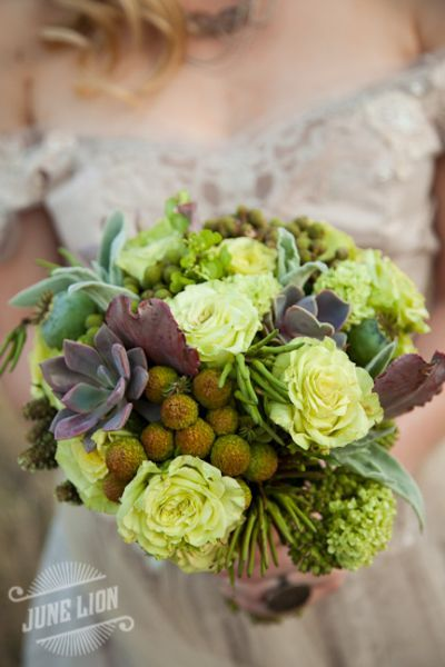 woodland bridal bouquet with succulents 6, Françoise Weeks