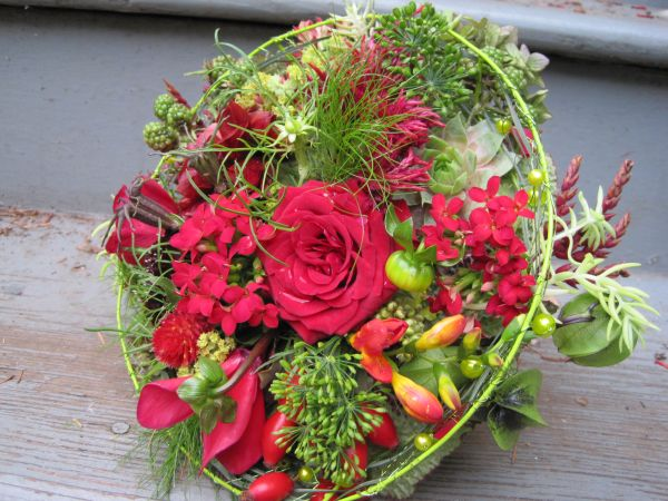 whimsical bridal bouquet withred flowers, Françoise Weeks