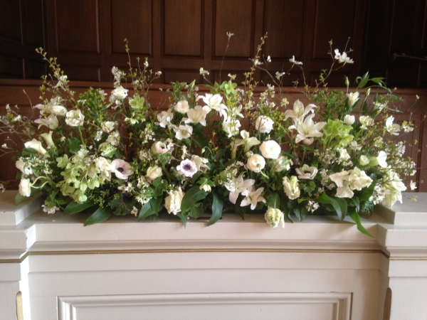 white and green garden arrangement, First Unitarian Church, Françoise Weeks