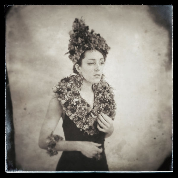 botanical couture, headpiece, earrings and stole black and white Francoise Weeks