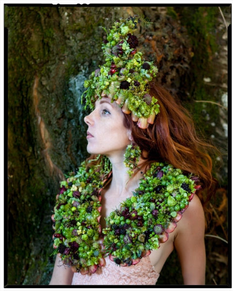 botanical couture, stole, headpiece and earring Francoise Weeks