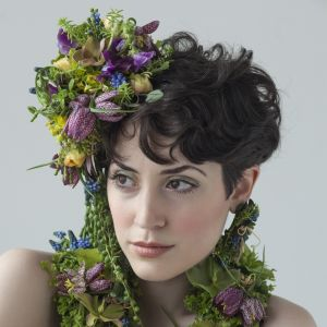 botanical headpiece and  jewelry, Françoise Weeks