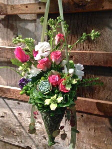 arrangement in cone, designed by Kim Thomas, wedding workshop Vermont, Francoise Weeks