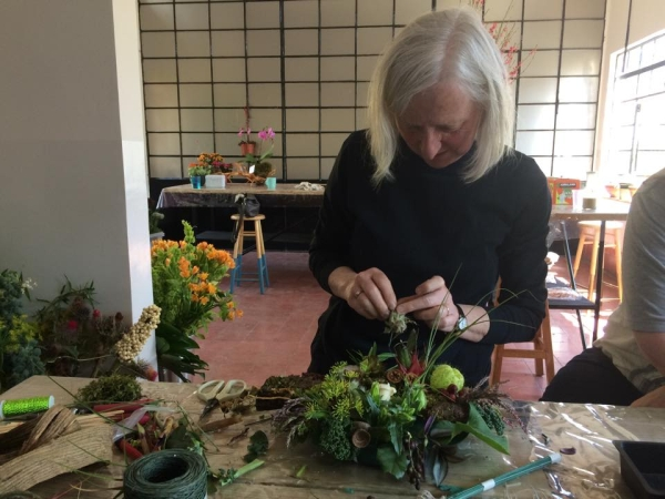 woodland centerpiece, making demo pieces, workshop Mexico Ciry February 2015, Françoise Weeks
