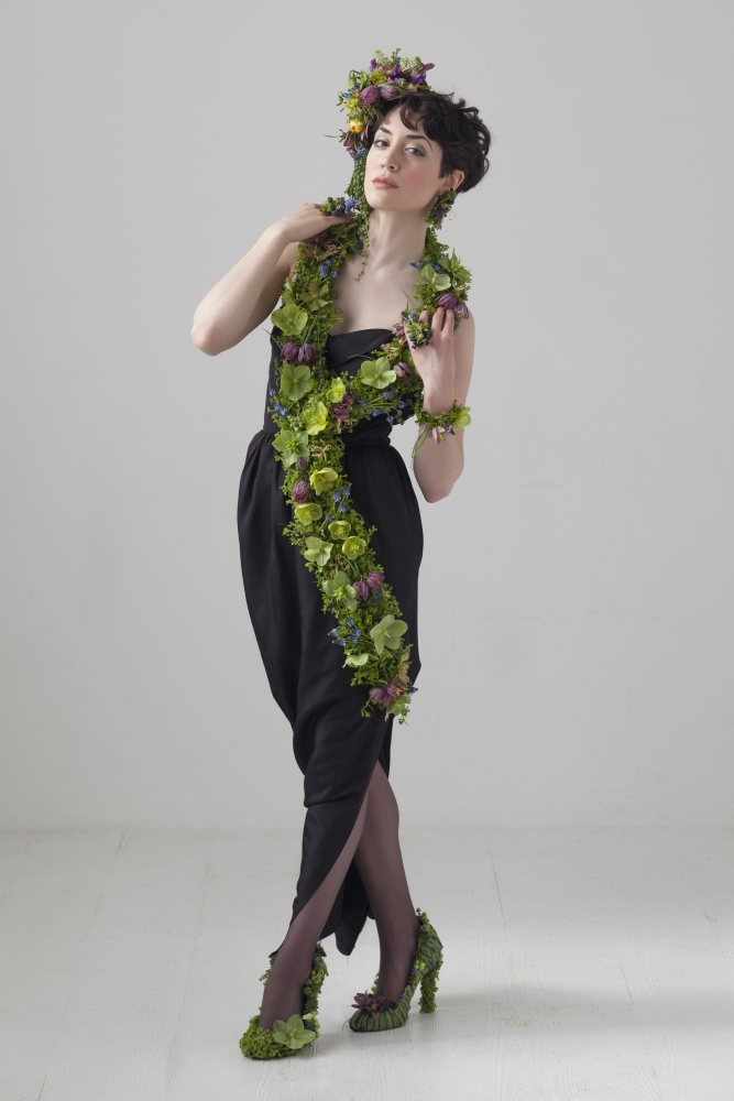 botanical couture art beat 2014, Francoise Weeks - photo Ted Mishima - model  Amanda Hathaway