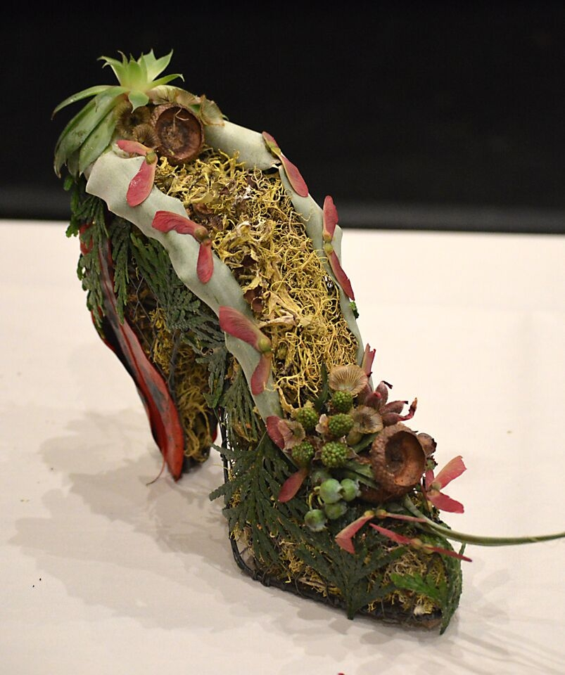 Botanical wire shoe for demo at FSFA June 2015, Francoise Weeks