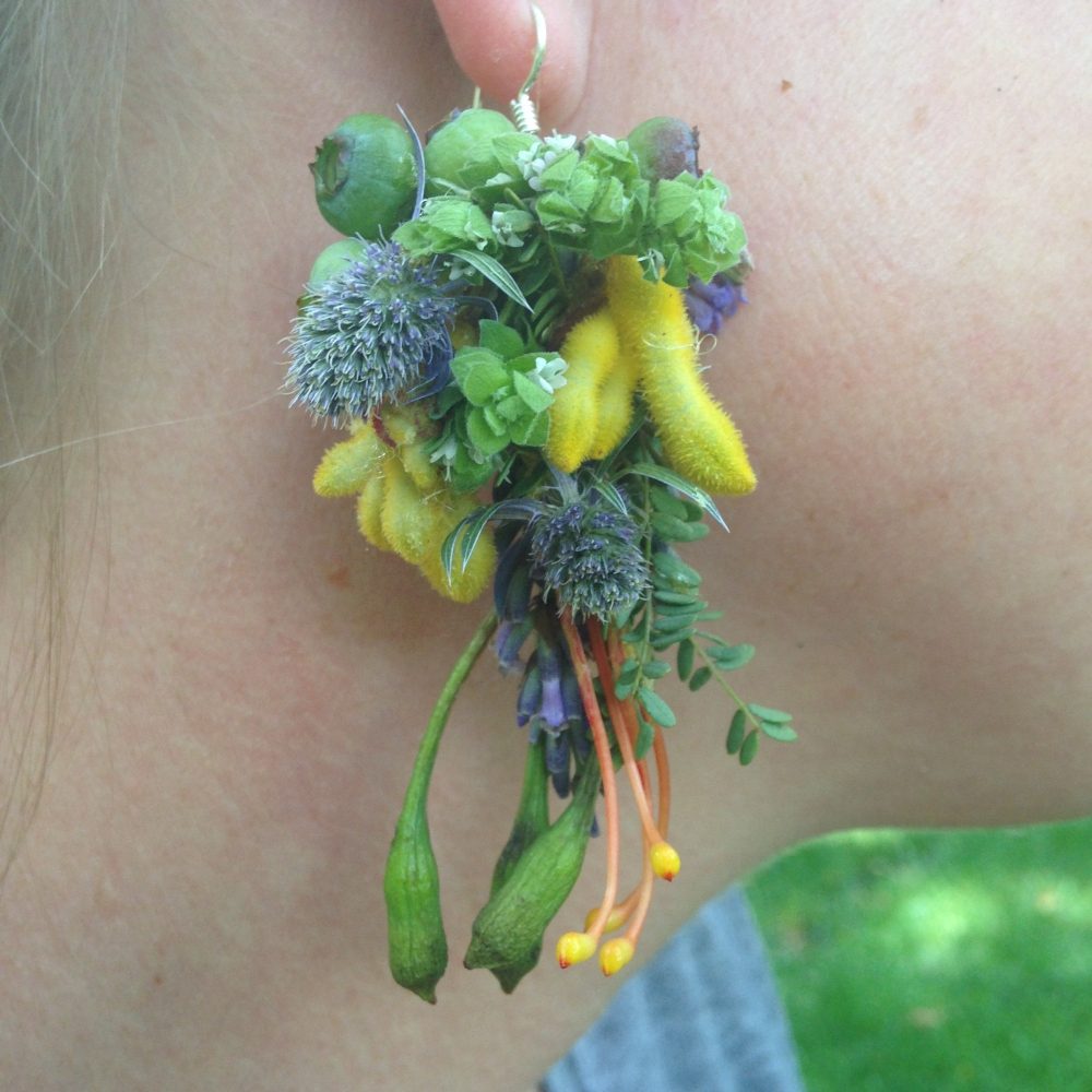botanical earring 1, Francoise Weeks