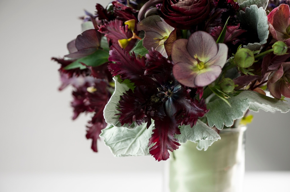 burgundy bridal bouquet, detail 1, Francoise weeks