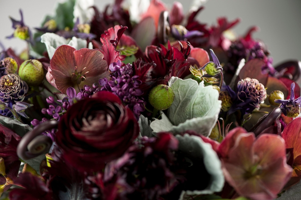 burgundy bridal bouquet, detail 2, Francoise weeks
