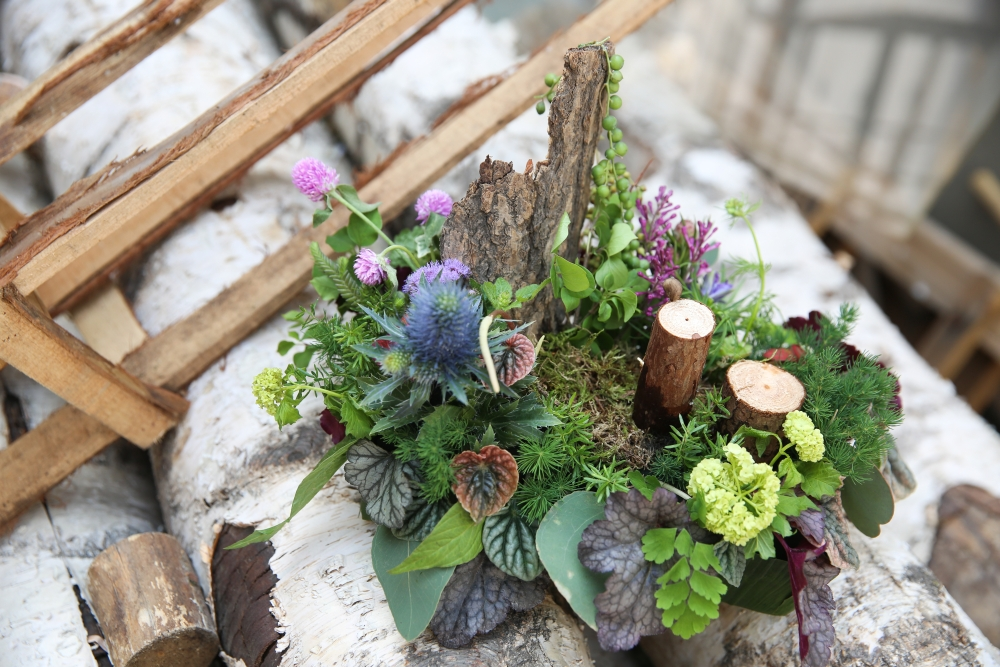 woodland centerpiece designed by student 4, workshop at Cohim , April 2016