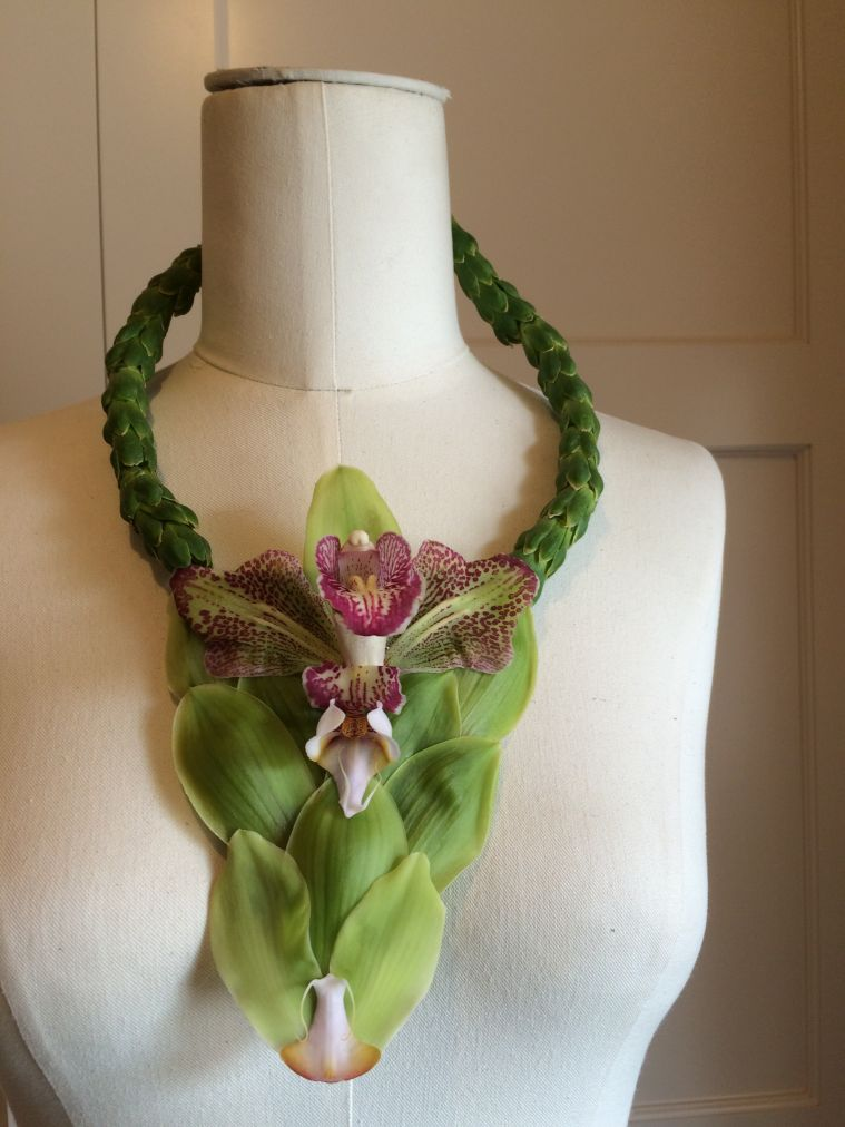 botanical necklace for event in Chicago 1, Francoise Weeks