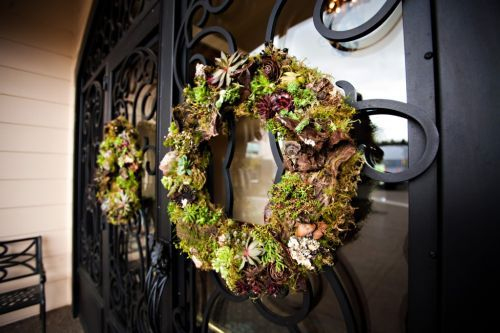 woodland wreath with bark, succulents and texture, Zenith Vineyard, Françoise Weeks