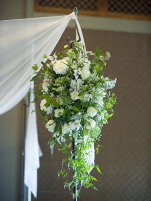 white chuppah decorations 17, Françoise Weeks